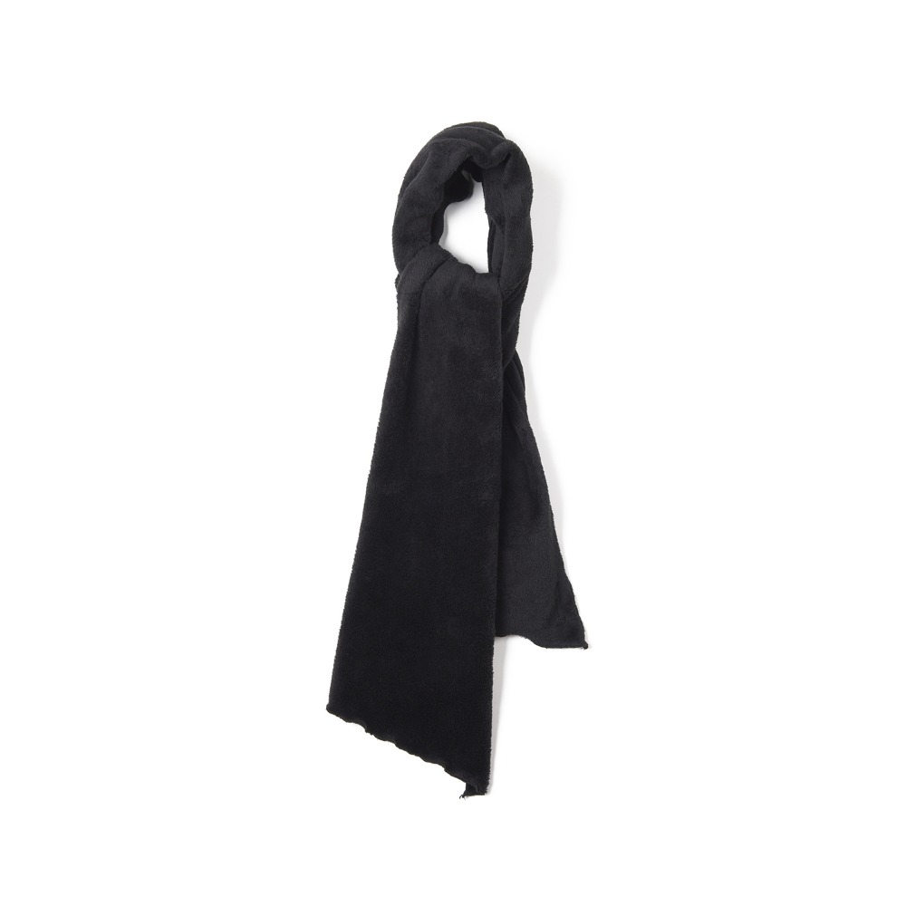 "ENGINEERED GARMENTS Long Scarf ""Black Polyester Shaggy Fleece"""